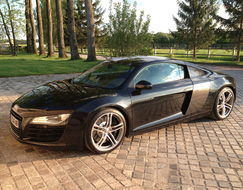 audi r8 4 2l v8 420ch quattro r tronic car fever. Black Bedroom Furniture Sets. Home Design Ideas