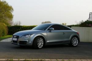 Audi TT 2.0L TFSI 200ch S-Tronic, S-Line Extérieur lateral