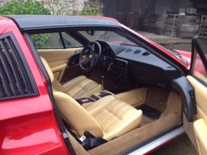 Ferrari 328 GTS int