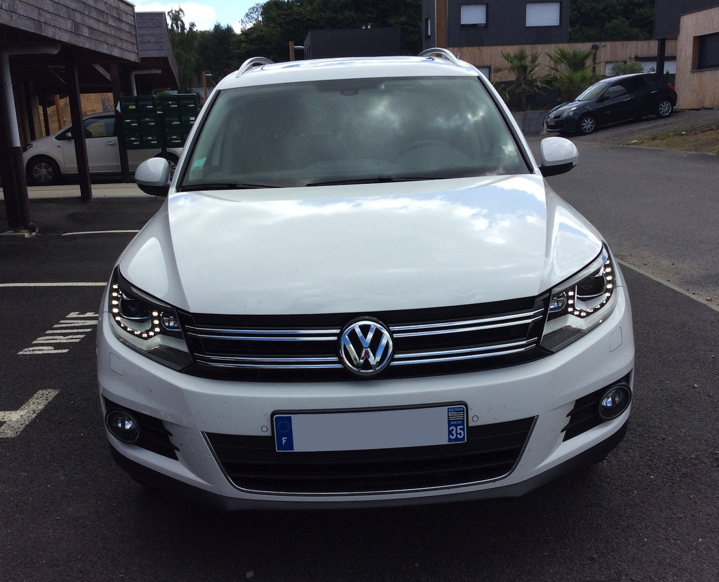 vw tiguan 2 0l tdi 140 bluemotion technology carat dsg7 car fever. Black Bedroom Furniture Sets. Home Design Ideas