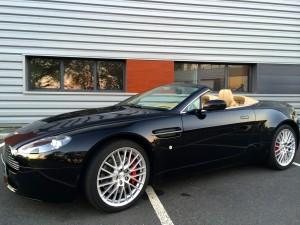 Aston Martin V8 Vantage Roadster BVA6 avant