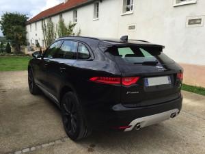 Jaguar F-Pace V6 3.0D 300ch Première Edition 4X4 BVA8 arriere
