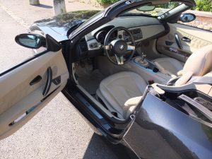 BMW Z4 3.OL E85 Roadster int1