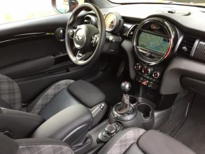 MINI COOPER S 192ch (F56) JOHN COOPER WORKS int