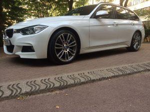 BMW 318 D TOURING 143ch M SPORT gauche
